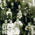 Nimzovich Family Ivanik 1921